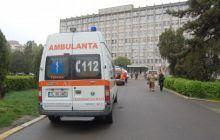 Un copil de 8 luni a murit în timp ce era transportat de la un spital la altul. Părinții îi acuză pe medici de incompetență