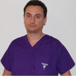 """Stomatologul Cristian Gora: """"Zâmbetul are efecte psihologice şi este direct legat de starea de sănătate"""""""