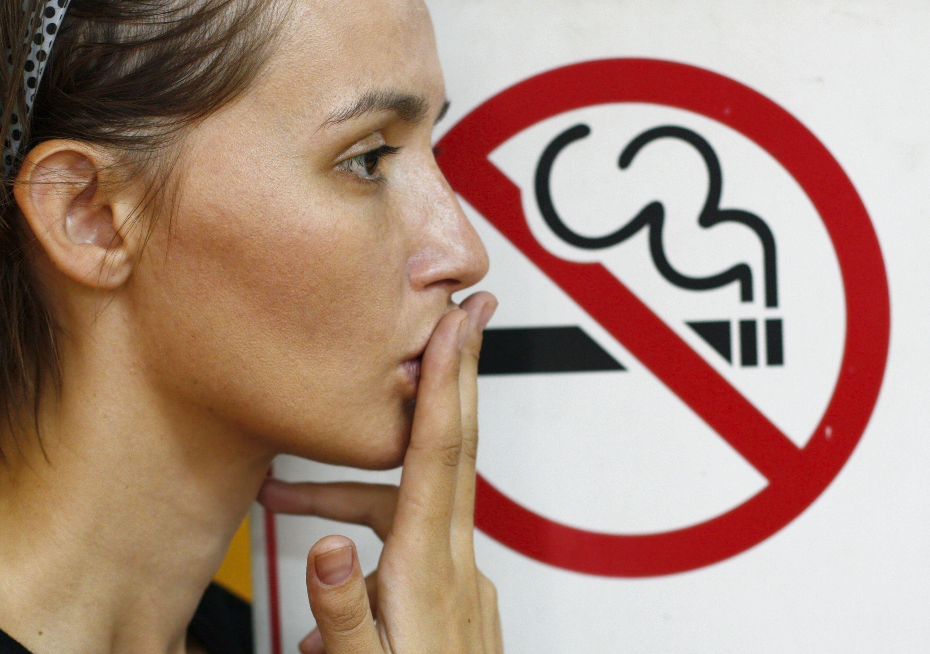 Care e cea mai sigură metodă să vă lăsați de fumat. 10% dintre români au renunțat la țigări în ultimii ani!