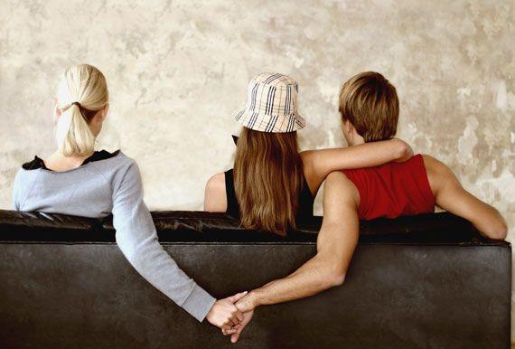 Explicaţia pentru care bărbaţii își caute amante deși își iubesc partenerele