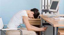 Exerciții de întindere pe care să le faci chiar la birou