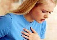 Simptomele infarctului care apar în cazul femeilor şi sunt adesea ignorate