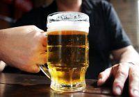 """Fruntași la consumul de alcool! Ce români sunt """"pe podium"""""""