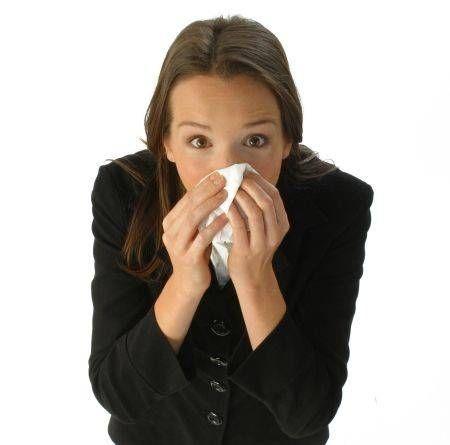 Cele mai eficiente remedii naturiste pentru alergiile de primăvară