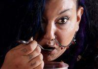 Vampirismul există: o femeie vorbește despre dependența de sânge