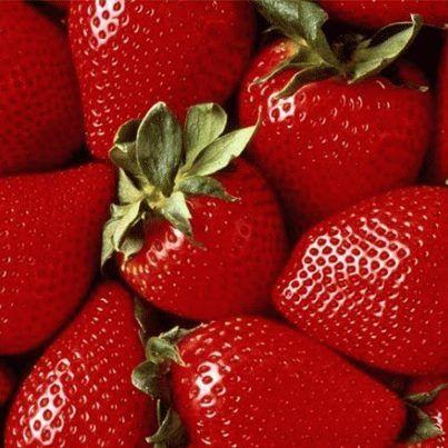 AVERTIZARE EUROPEANĂ: S-au găsit pesticide în alimente din toate statele UE. Care sunt vegetalele-magnet pentru chimicale