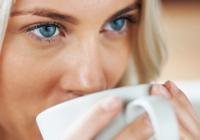 Ce efect uimitor au cafeaua și ceaiul verde dacă sunt consumate împreună