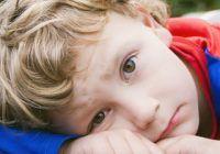 Care este afecțiunea care crește riscul de suicid în rândul copiilor