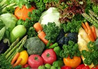 Legumele cu frunze verzi sunt esenţiale pentru sănătatea stomacului