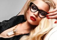 Cum se schimbă vederea de-a lungul anilor și de la ce vârstă vom avea cu toții nevoie de ochelari de vedere