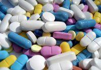 O adolescentă de 17 ani a murit după ce a depășit doza de paracetamol. Iată care este doza recomandată