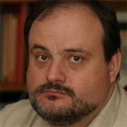 """Conf. dr. Horațiu Moldovan, șeful unuia dintre cele mai performante centre de chirurgie cardiovasculară: """"Lipsurile fac chirurgii cardiovasculari să semișomeze"""""""