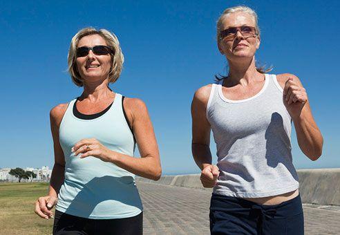 Ce activităţi credeţi că sunt mai benefice inimii, plimbările pe jos sau alergatul? Iată ce spun experţii