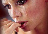 Explicația ȘTIINȚIFICĂ pentru care bărbații PLÂNG mai greu decât femeile