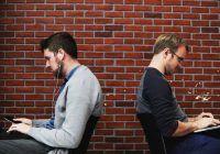 Statul pe scaun prostește! Un studiu a arătat ce se întâmplă cu creierul celor sedentari