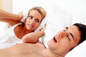 Rețetă anti-sforăit. Iată ce trebuie să faci pentru un somn odihnitor