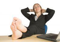 3 sucuri naturale pe care să le prepari pentru îmbunătățirea circulației la nivelul picioarelor