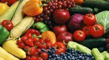 Majoritatea românilor nu mănâncă destule fructe și legume. Câte porții recomandă nutriționiștii?