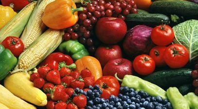 Metodă eficientă şi naturală prin care elimini chimicalele din fructe şi legume