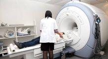 Studenţi şi elevi, pregătiţi din fonduri europene ca să devină radiologi