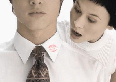 Infidelitatea: de ce înșală bărbații?