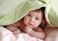 Bebeluşul nu doarme noaptea? Iată care poate fi motivul şi câte ore ar trebui să se odihnească