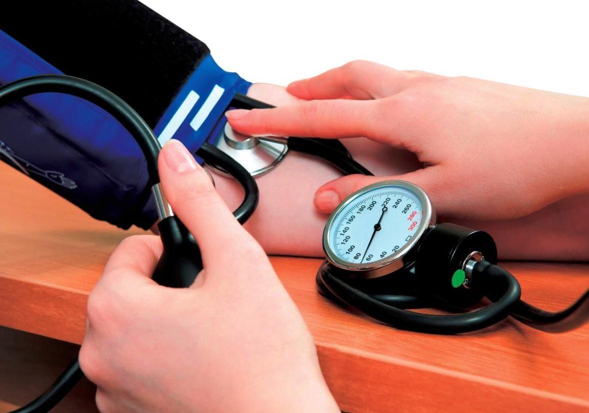 Unde vă puteţi măsura gratuit tensiunea arterială