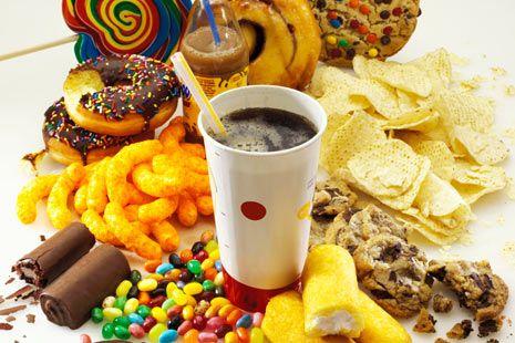 OMS: Principalele cauze de mortalitate în lume sunt legate de alimentaţia nesănătoasă