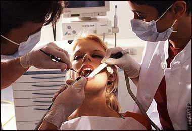 Care sunt factorii favorizanți ai parodontozei