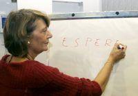 ^ Expertul în comunicare Aleth Naquet promovează un climat de înțelegere cu cei din jur, însă fără afectarea propriei personalități
