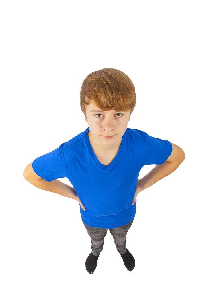 ^ Pubertatea  sau sexualizarea hormonală este normală la băieți între 12 și 15 ani