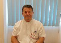 Prof. dr. Mircea Gorgan, medicul care operat 15.000 de români în cel mai mare spital de neurochirugie din estul Europei
