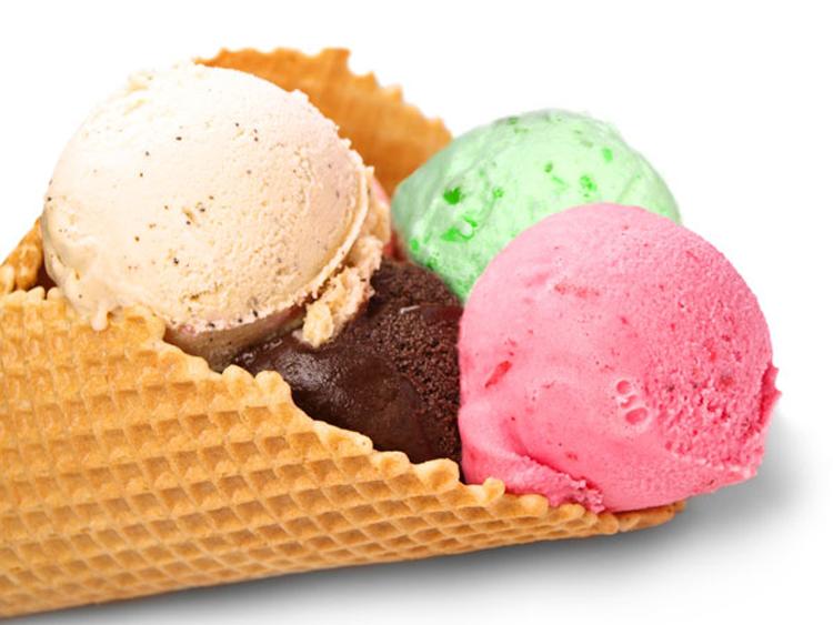 """La ce riscuri majore te supui atunci când consumi sucuri, iaurturi sau îngheţată ,,light"""" sau ,,sugar free"""""""