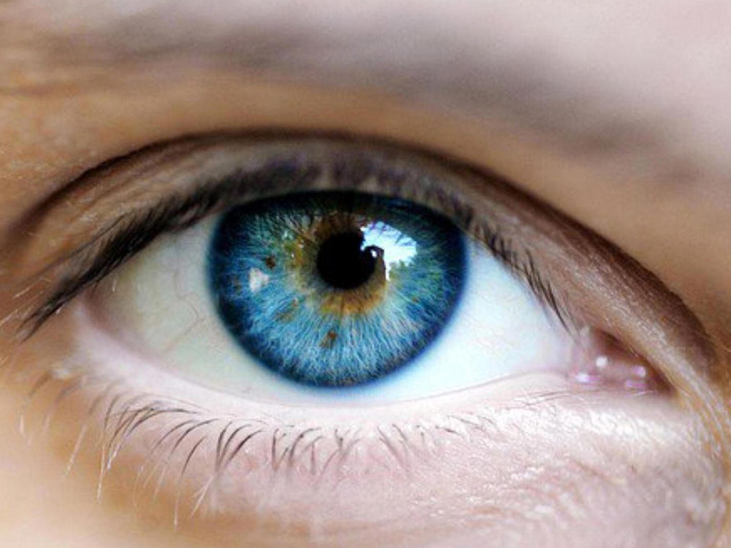 Ce boli pot anunța înroșirea ochilor și îngroșarea pleaopelor. Uneori, semnele afecţiunilor cardiovasculare sau ale diabetului se pot vedea în ochi înainte să apară alte simptome