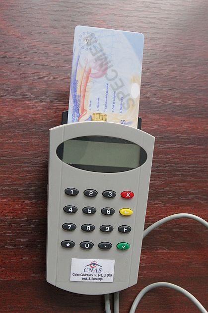 Cardurile de sănătate vor opri o buna parte din fraudele cu retele compensate