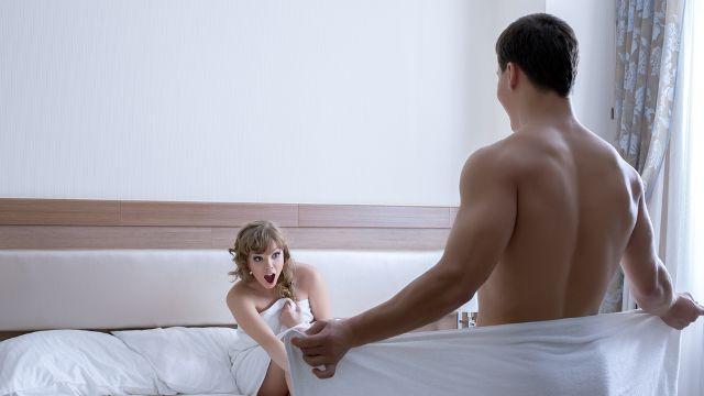 Care sunt factorii care influenţează mărimea penisului şi ce presupune metoda cu ajutorul căreia bărbaţii pot deveni mai dotaţi cu 3 cm