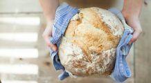"""Nutriționist: """"Eu nu recomand niciodată o dietă fără pâine, chiar şi persoanelor obeze le spun să consume"""""""