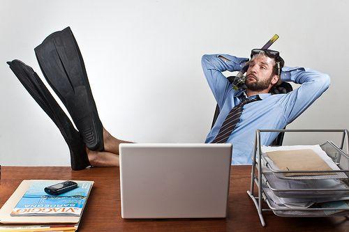 Depresia post vacanţă: care sunt simptomele şi cum ne putem readapta la rutina zilnică