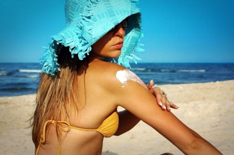 Crema de protecție solară nu se folosește doar la plajă