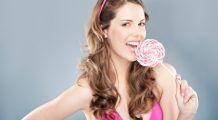 Îţi plac dulciurile? Iată ce trebuie să faci ca să previi apariţia cariilor