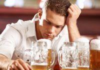 Ce legătură există între consumul excesiv de alcool şi apariţia demenţei