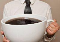 10 semne de alarmă că bei prea multă cafea