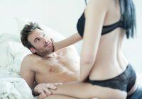 Sexul, cea mai plăcută metodă de slăbit. Câte calorii arzi când te dezbraci, când te săruţi sau când ajungi la orgasm