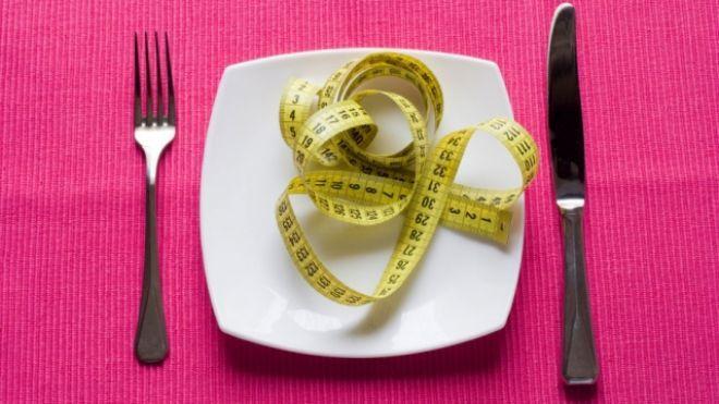 """Sfatul experţilor pentru cei care vor să slăbească: Uitaţi de cuvântul """"dietă""""!"""