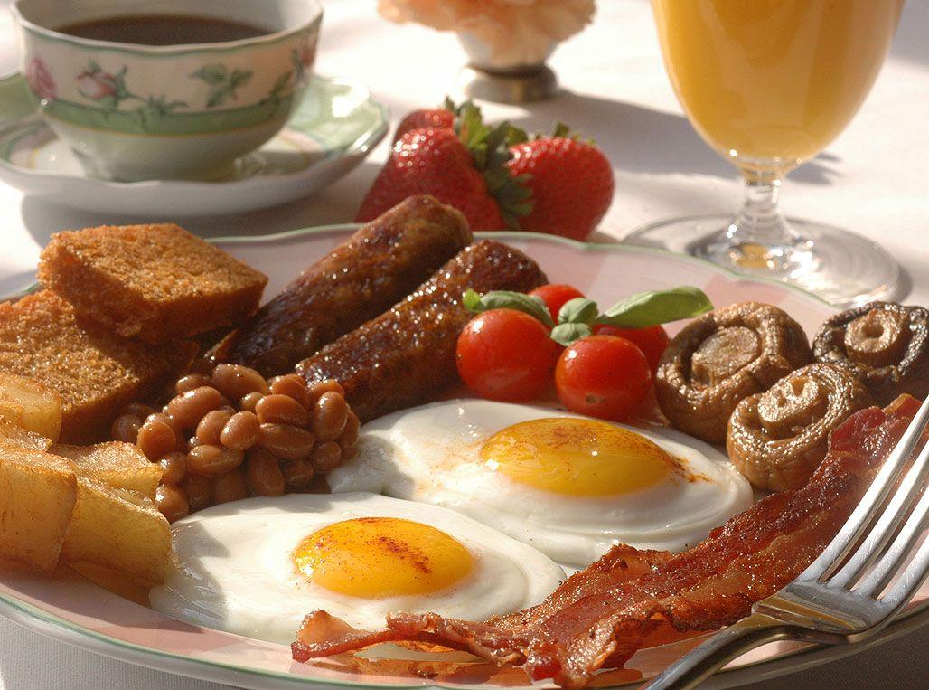 Un mic dejun copios poate preveni unele dintre cele mai grave şi răspândite afecţiuni