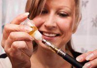 Cancerul din ţigările electronice. Un nou studiu scoate la iveală cât de periculoase sunt produsele alternative tutunului