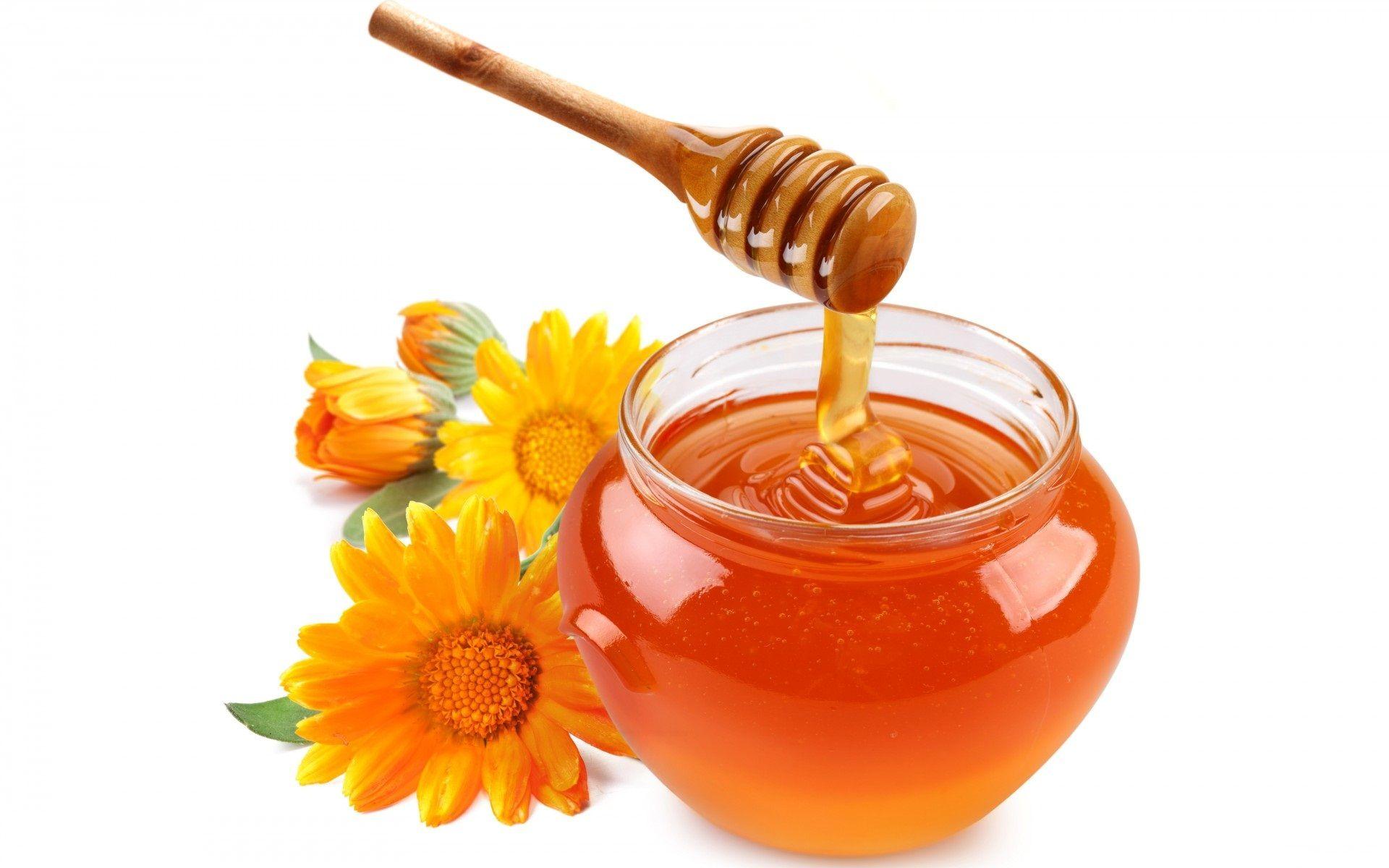 3 motive să consumi miere naturală