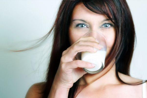 Slăbiţi trei kilograme pe săptămână cu ajutorul dietei cu lapte