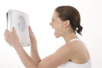 Ţii dietă şi nu reuşeşti să slăbeşti? Iată ce greşeli faci