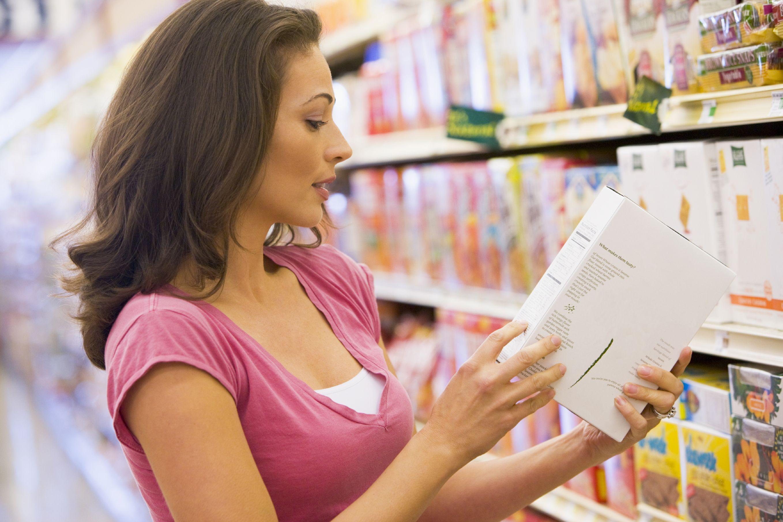 La ce trebuie să te uiţi atunci când citeşti eticheta unui produs alimentar